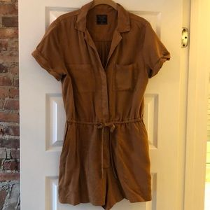 Abercrombie brown romper